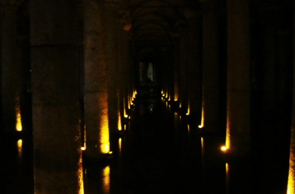 Basilica cistern water dark Istanbul reservoir