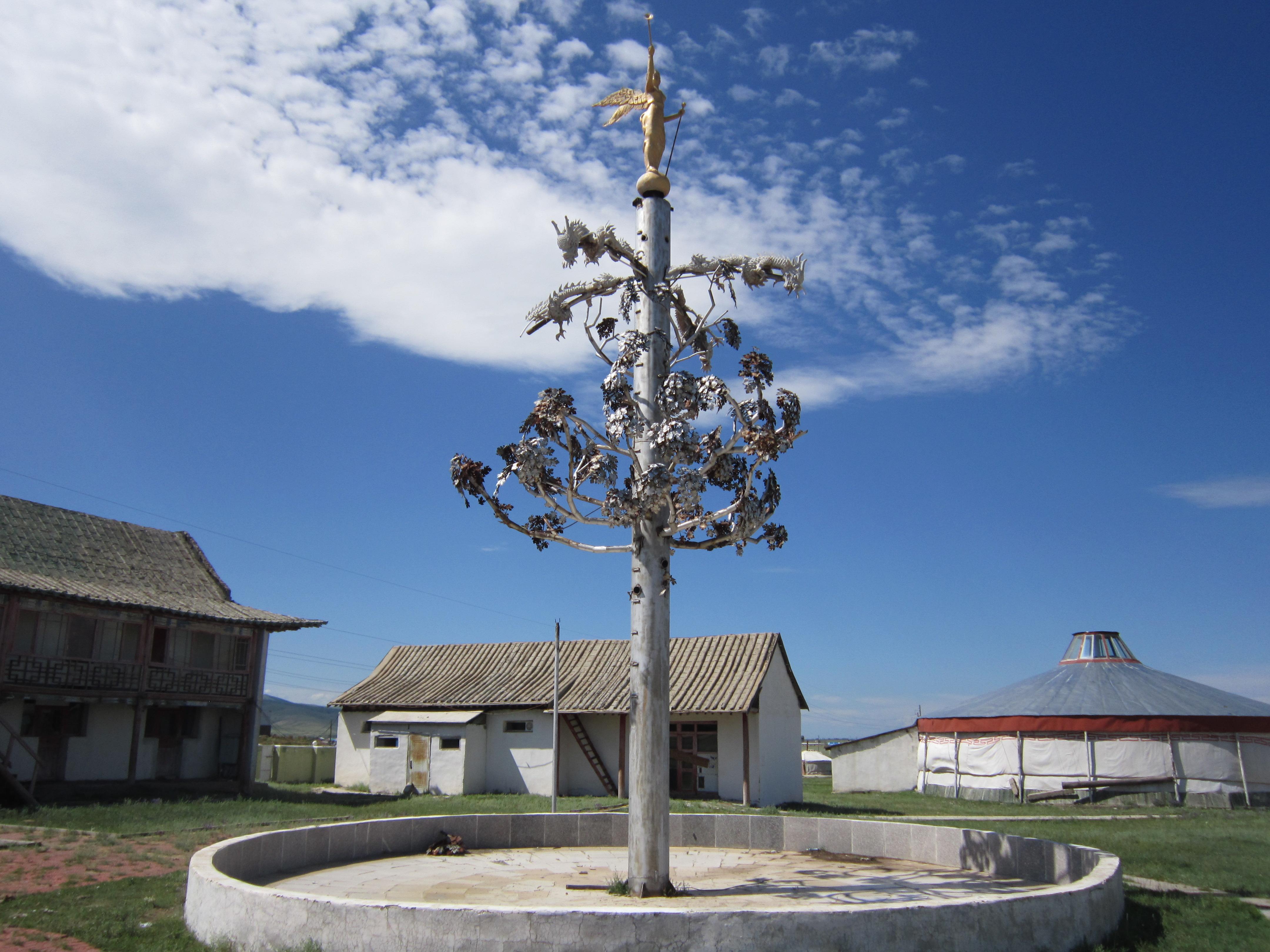 zilveren boom Kharkhorin kharkorin karakorum mongolië rondreis zilveren boom guillaume de roebroek