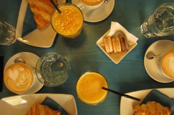 Koffiebars Koffiebar Belgrado Servië Citytrip Stedentrip Treinreis Roemenië Timisoara Bezienswaardigheden Museum Lunch Diner Eten Ontbijt Cappuccino Koffie Joegoslavië